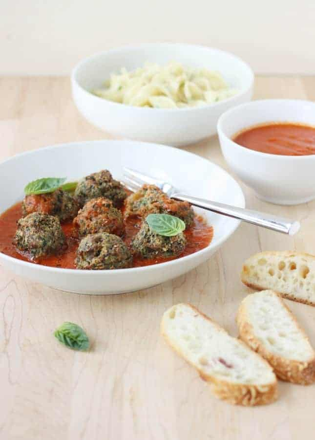 Quick, Easy, and Delicious: No-Roll Turkey Meatballs with Spinach and Raisins // FoodNouveau.com